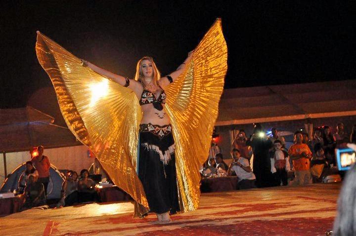 1465393154_belly-dancing-show-safari-dubai.jpg