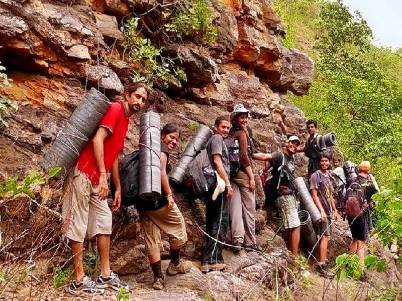 Trekking-ravi-20s-20ghosh-wikipedia_673655992741448863531.jpg