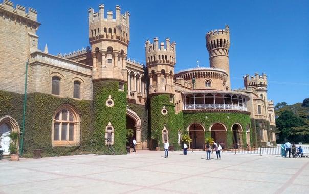 1562758394_bangalore_palace.jpg