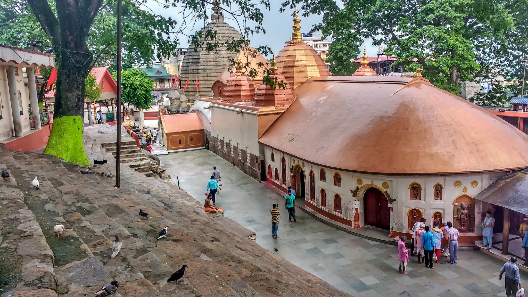 1538130256_maa_kamakhya_temple.jpg