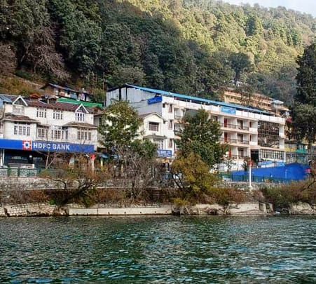 Lakeside Homestay with Meals, Nainital