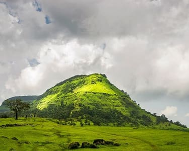 One Day Garbett Plateau Monsoon Trek @ 820