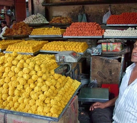 Walking Tour of Bustling Bazar of Old Jodhpur
