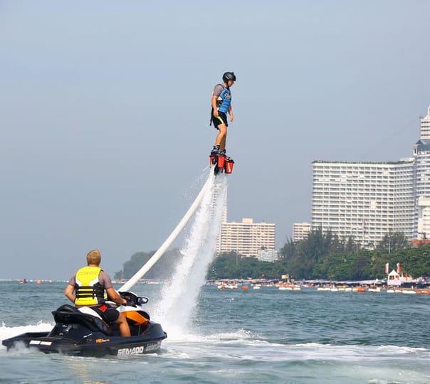 Flyboarding in Pattaya