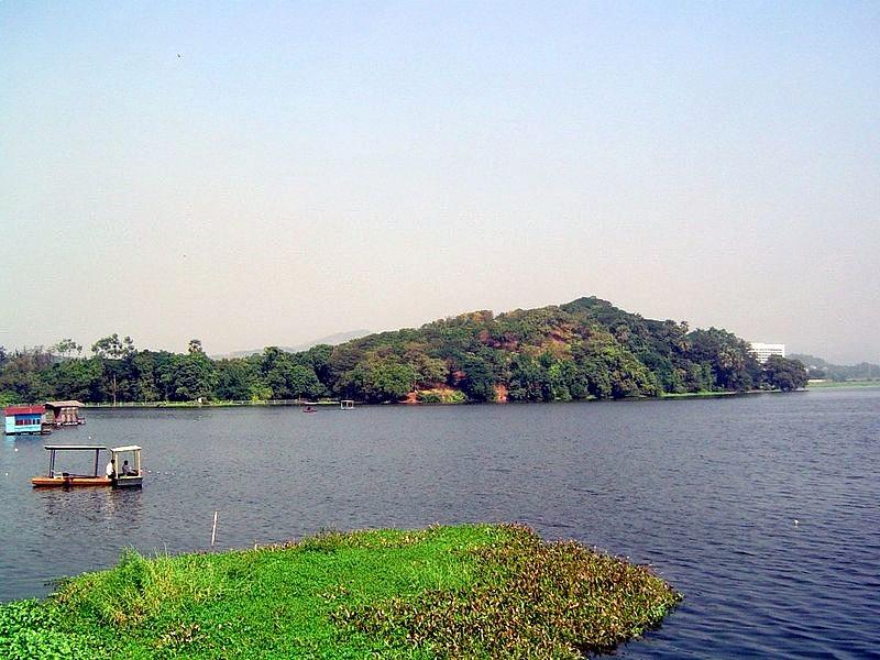 800px-powai_lake.jpg