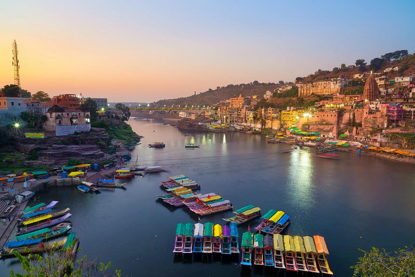 1542870553_east-nimar-omkareshwar-148410039242-orijgp.jpg
