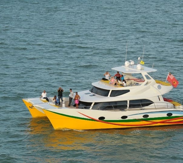Private Half Day Cruise Sea Falcon at Langkawi