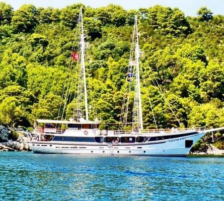 Sailing to Split in Croatia