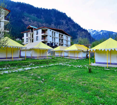 Retro Camping Experience in Manali