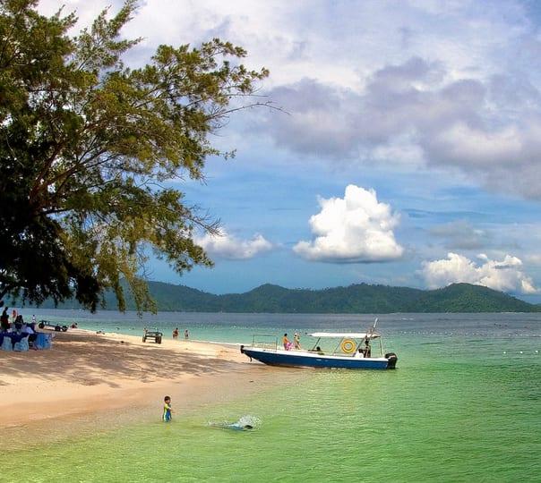 Scuba Diving Day Trip to Tunku Abdul Rahman Park at Kota Kinabalu