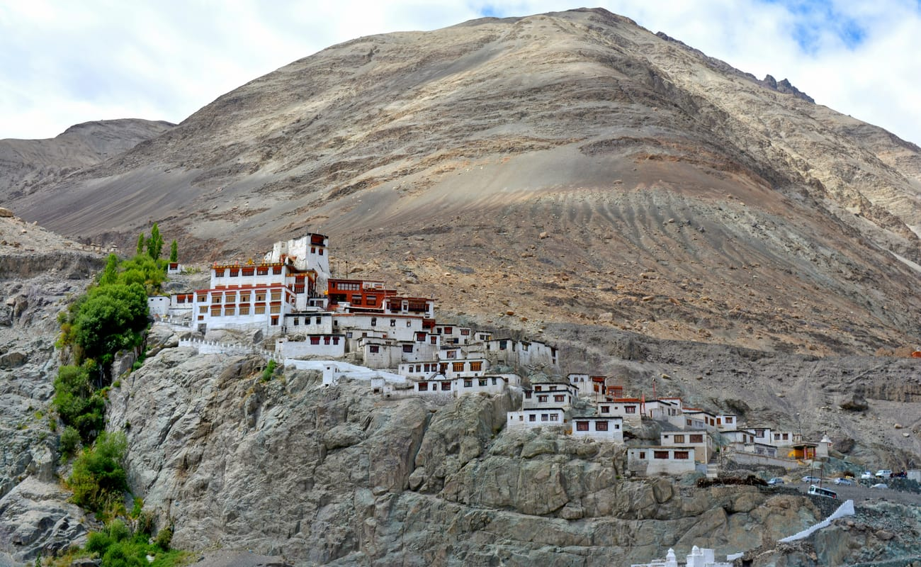 Leh Ladakh Tour Packages With Airfare