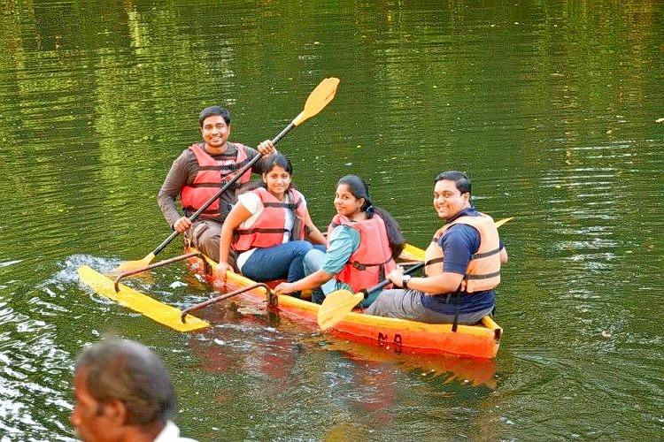 Canoeing_98.jpg