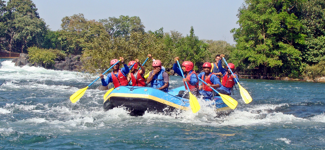 1513246756_white-river-rafting.png