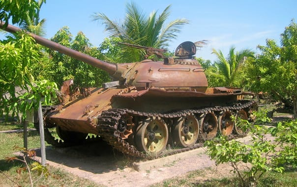 1462527776_cambodian_civil_war-era_t-54_or_type_59.jpg