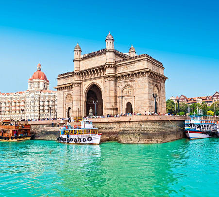 Explore Mumbai with a Guide