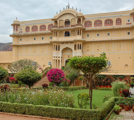 Day Trip to Samode from Jaipur Flat 18% off