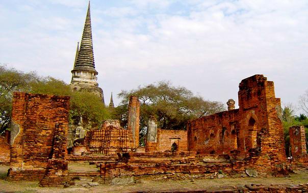 Royal_palace_of_ayutthaya.jpg