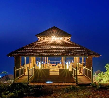 Sea View Luxury Cottage in Dapoli