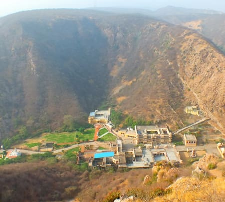 Chour Ghati Trek in Jaipur Flat 13% off
