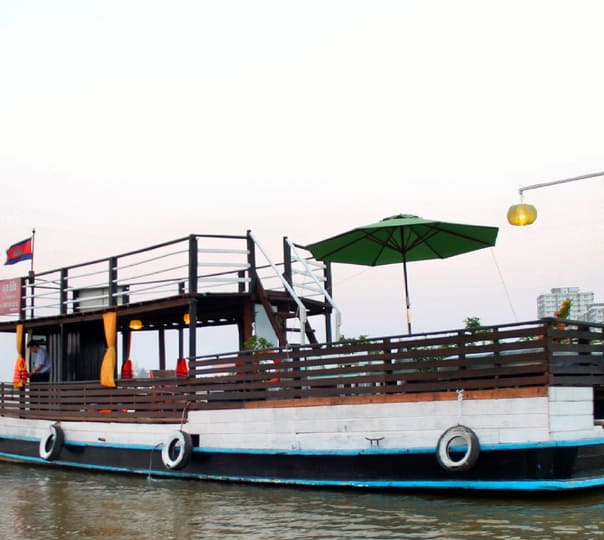 Romantic Dinner Cruise in Phnom Penh