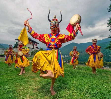 Bhutan Sightseeing Tour with Flights