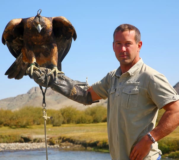 Eagle Hunt Photo Safari Tour in Mongolia