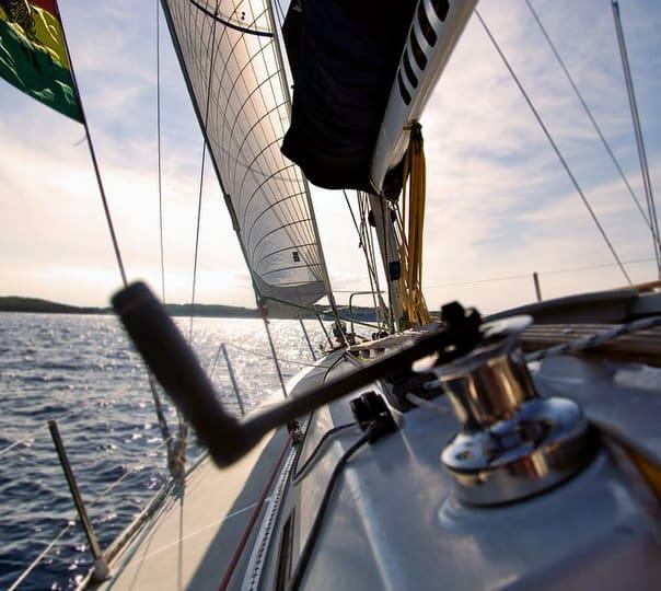 Leisure Sailing in Mumbai