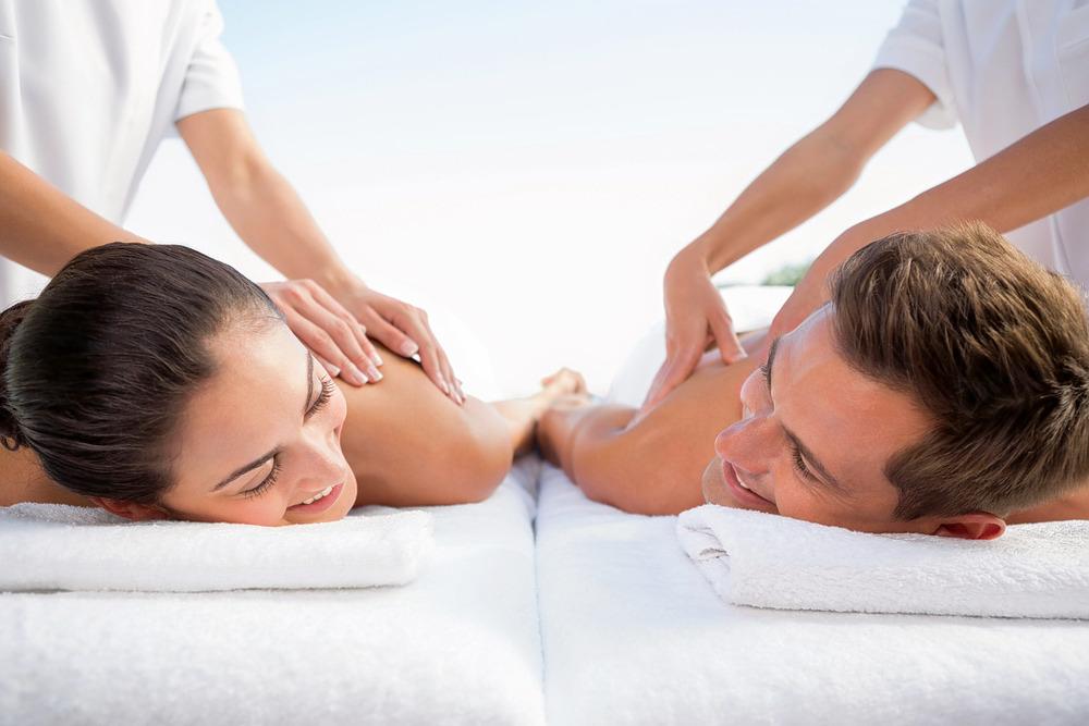1547521193_couple_massage_2.jpg