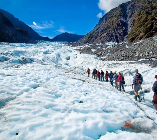 Sightseeing Tour of New Zealand: Visit Glacier Region