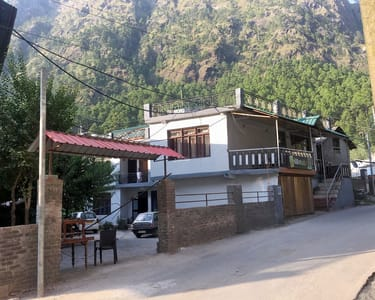 Lodge Stay Experience with Optional Barbecue in Kasol