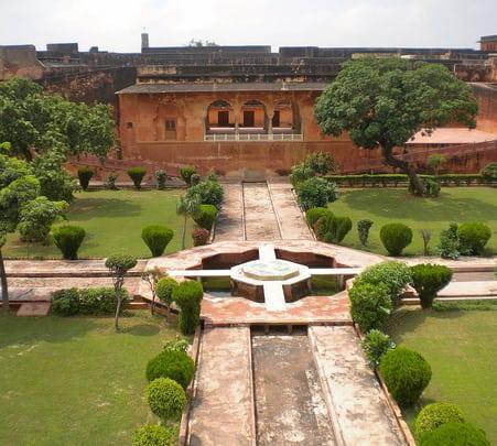 Half Day Tour to Jaigarh and Nahargarh