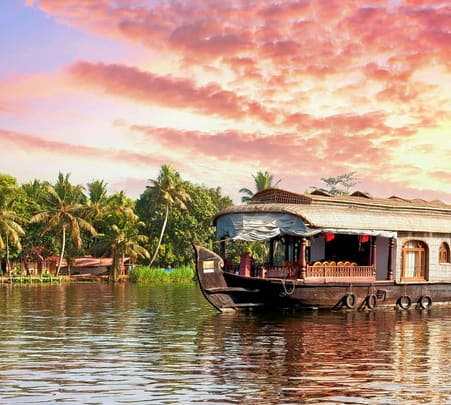 Heritage & Cultural Trails of Alleppey Flat 17% off