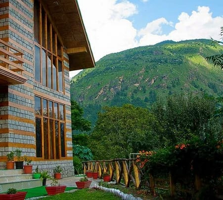 Stay in Chalet at Kullu