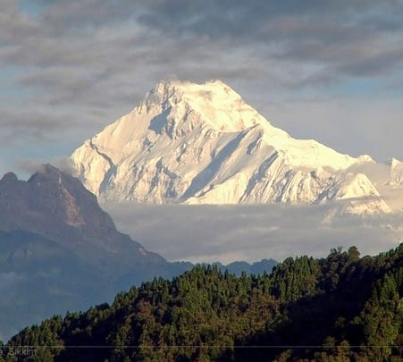 Trek to Kanchenjunga from Western Sikkim