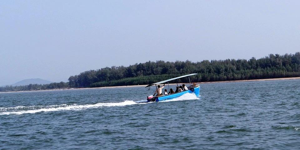 1465279340_speed_boat1.jpg