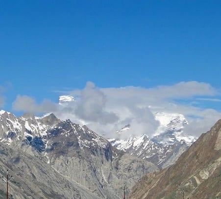 Trek to Chandratal over Hampta Pass