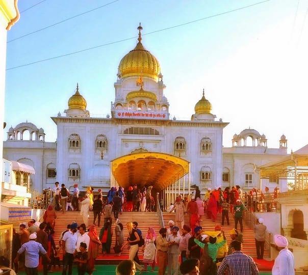 Famous Temple Tour of Delhi in a Private Car