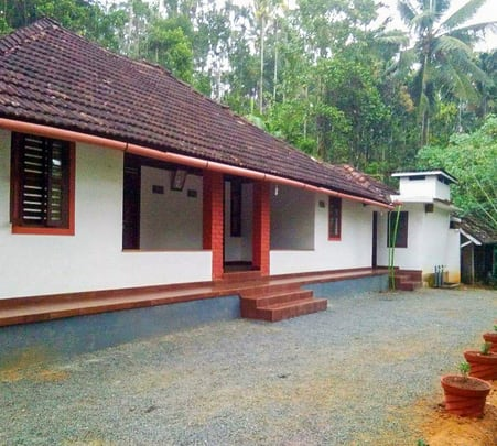 Quiet Countryside Homestay in Wayanad