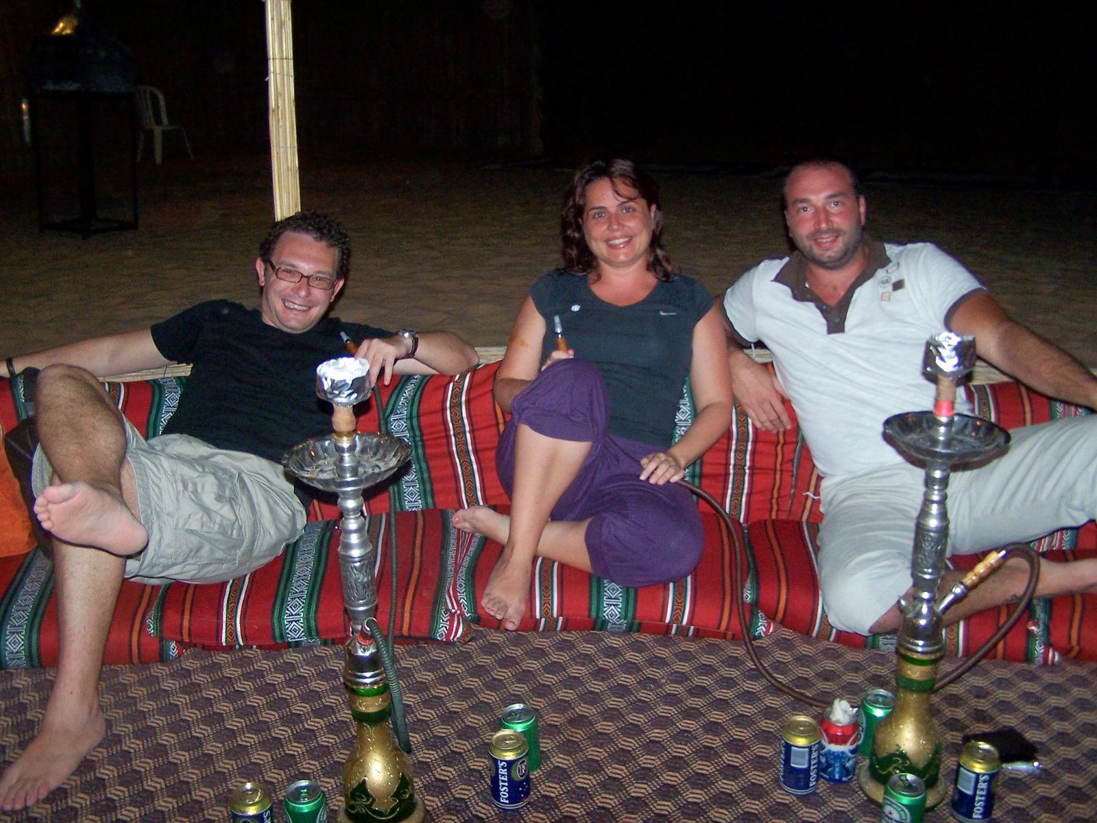 1511267101_overnight-desert-safari-dubai-desert-safari-dubai-bbq-dubai-dubai-desert-safari-henna-painting-dubai-belly-dancing-dubai-01.jpg