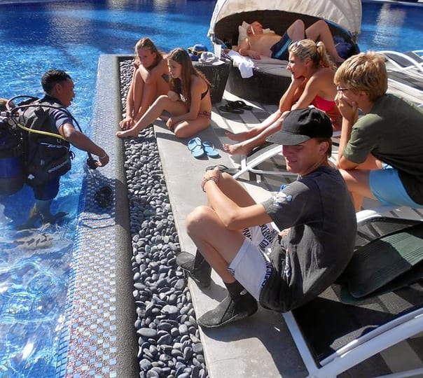 Advanced Scuba Diving Course at Belle Mare