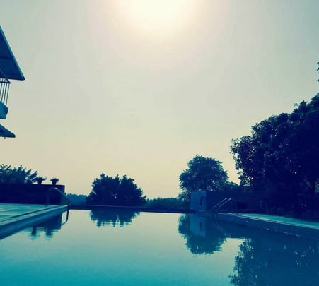 Day Out at Kingfisher Aravali Resort, Gurgaon- Flat 25% off