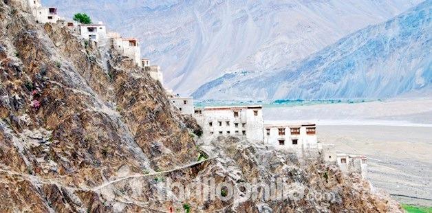 Karsha-gompa_ladakh.jpg