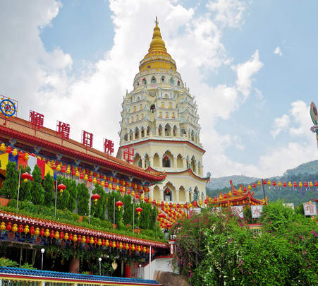 Penang Hills and Temple Sightseeing Tour