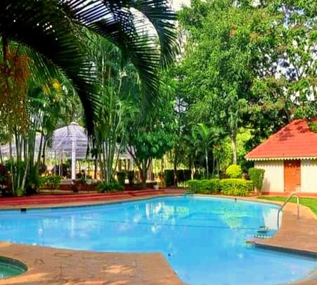 Day Outing at Gold Coin Resort - Flat 17% off