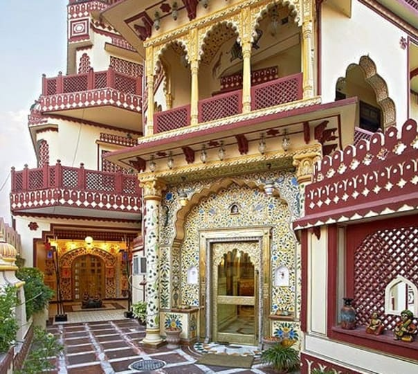 Stay at Umaid Bhawan in Jaipur