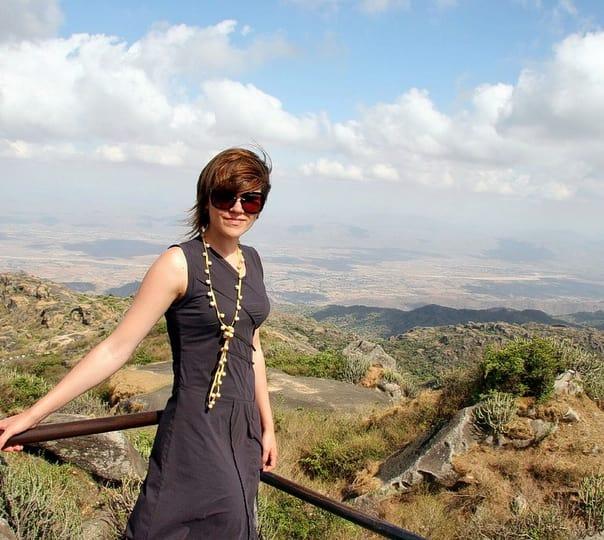 Trek along the Bridal Path in Mount Abu