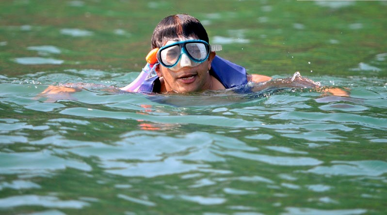 1465482536_island-monkey-beach-snorkeling-at-goa-atlantis-water-sports-6.jpg