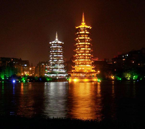 Shanghai to Hong Kong: a Sightseeing Tour