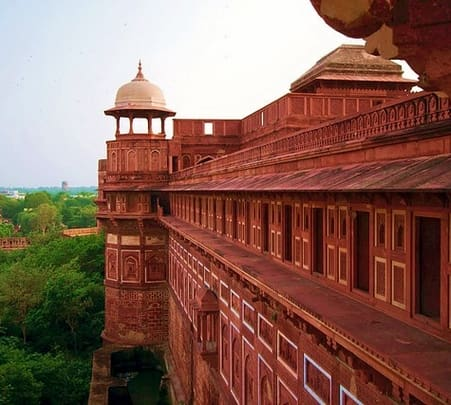 Charms of Delhi and Agra