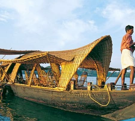 6d/5n Kerala Holiday Package
